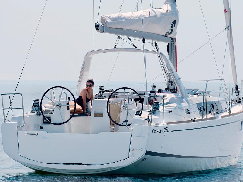 Yachtcharter 1358739730000100000_oceanis35_main