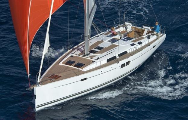 Yachtcharter Hanse 505 (4+1cab:3WC) Bug:Seite