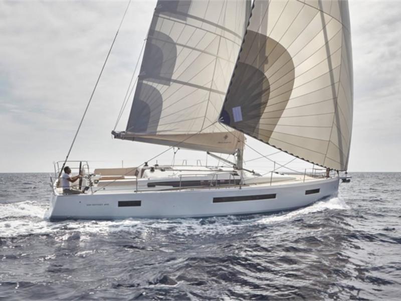Yachtcharter 2466458780000100031_LITTLE_MIA_Sun_Odyssey_490 main