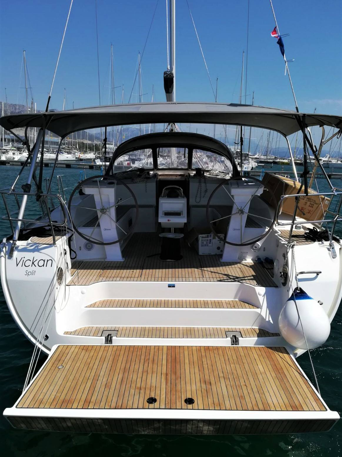 Yachtcharter BavariaCruiser51 Vickan