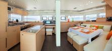 Yachtcharter Lagoon52 4Cab salon
