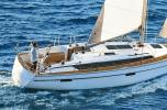 Yachtcharter Bavaria Cruiser 37 3cab side