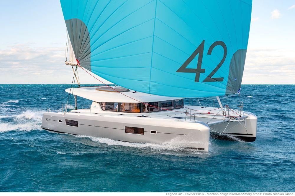 Yachtcharter lagoon 42 Cab 4 Top