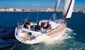 Yachtcharter Bavaria 49 Heckansicht 5 Kab 3 WC