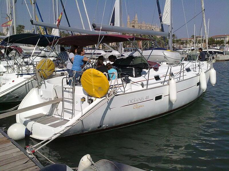 Yachtcharter 590044390000100090_Latitud3ext