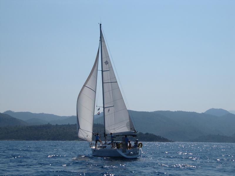 Yachtcharter 604236670000100864_BlueSky