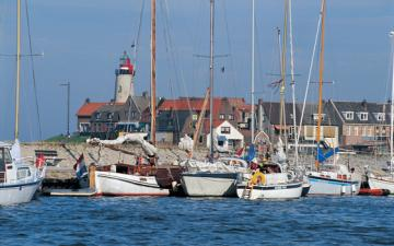 Yachtcharter IJsselmeer: Urk ist ein uriges kleines Fischerdort