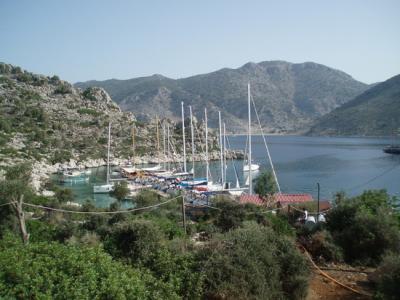 Charter T?rkei: Taverne mit privatem Steg - gut besucht von Yachties